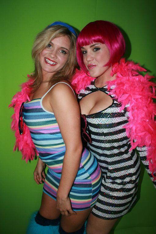 Voici un exemple de quelques shooting effectué les années passés.Avec plus de 5000 costumes à reprendre en photos nous en avons pour tout les goûts (pas de costume de sex-shop) Romantique, époques, halloween, sexy, etc. nous vous transformero
