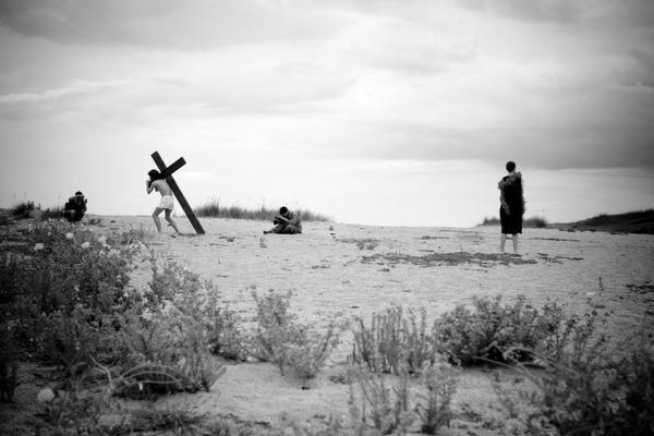 Une semaine après Saint-Goustan, nous étions dans le désert à filmer un Jésus Christ plus vrai que nature pour une apparition furtive dans les aventures de Charles Jude.