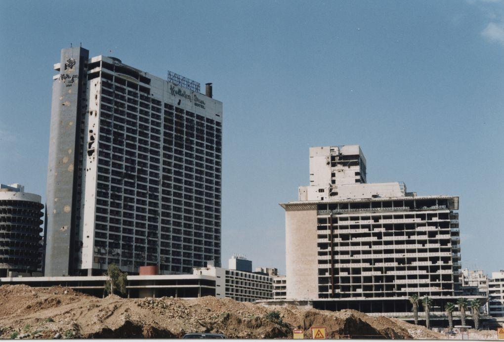 Un petit voyage dans le Liban de 1996.Il s'agit de scans de photos prises durant mon séjour de 11 mois dans ce magnifique et accueillant pays.
