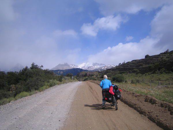 Nous quittons notre ile de chiloé pour une croisiere jusqu' a puerto Chacabuco, de là nous recuperons la carretera direction Chile Chico, pour y passer noel, au bord du lago general carrera, à la frontiere Argentine...