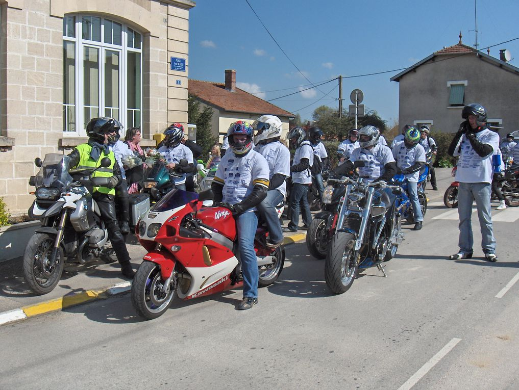 Album - 05.11 Motos du coeur 2011