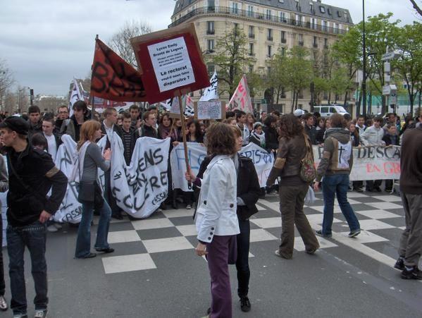 Photographies de la manifestation lycéenne du 1er avril 2008 à Paris.