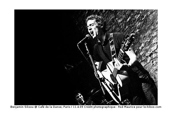 Live au Café de la Danse, ParisSamedi 11 avril 2009Crédit photographique : Rod Maurice pour le-hiboo.com Copyright à respecter