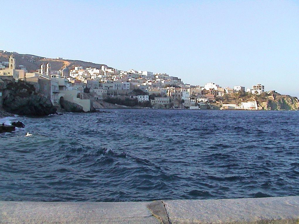 D'Athène au pirée puis le Péloponese. Evia, la région de Tassaloniki et enfin les Cyclade et Santhorin