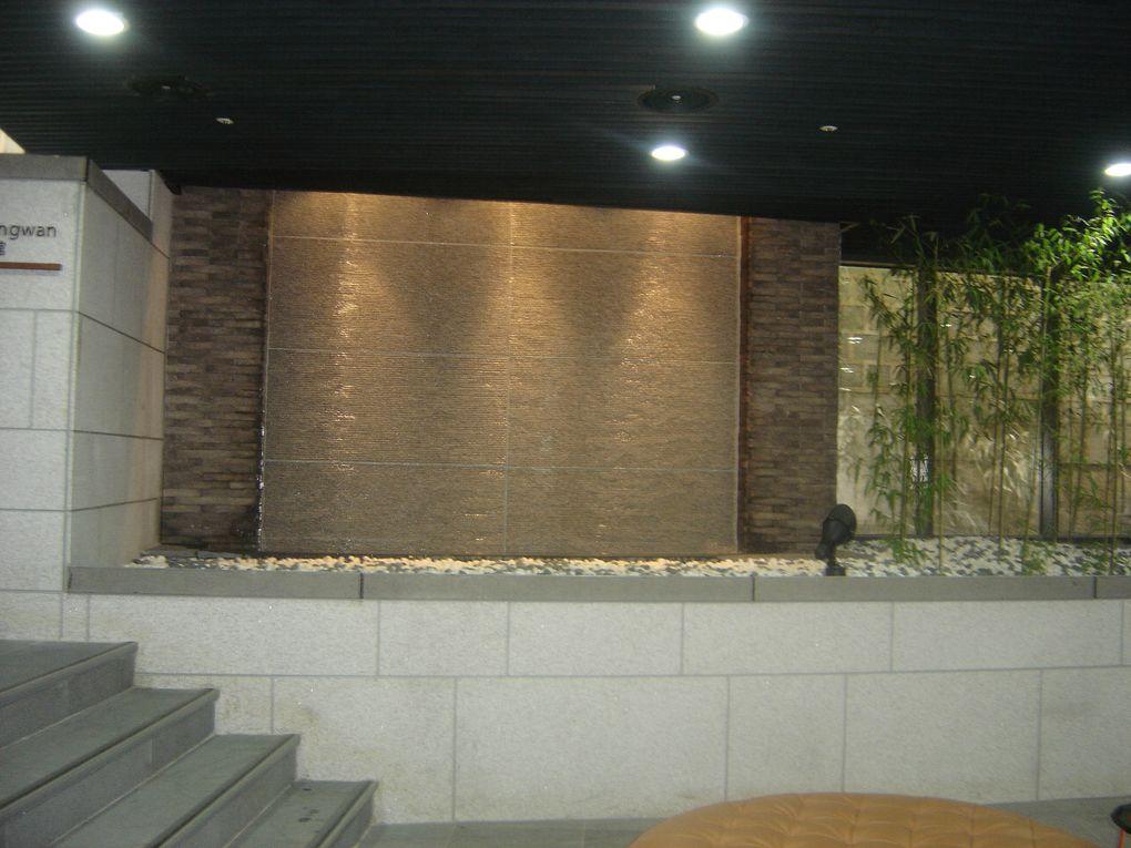 Petite ballade dans deux endroits incontournables de Séoul : la nouvelle Gwanghwamun Plaza et le village de maisons traditionnelles de Namsan Hanok