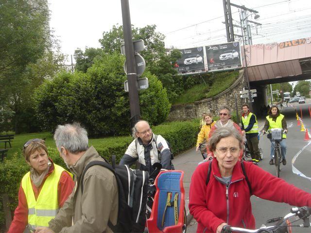 Reliant les communes de Paris 14, Malakoff et Vanves, VRL trace.....