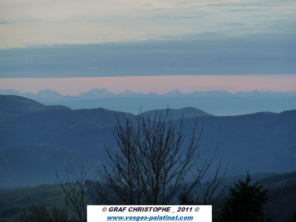 Découverte de l'une des plus grandes et remarquables chaumes sommitales de tout le massif vosgien : la réserve biologique nationale du Ventron, située entre 1150 et 1204 mètres d'altitude, entre Kruth-Wildenstein à l'Est (68) et Cornimont à l'O