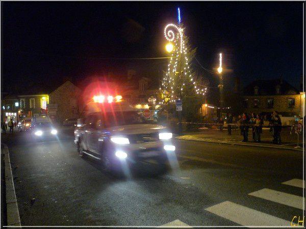 29 éme arrivée du Père Noël le 19-Décembre 2009 à Messac-Guipry...Désolée ..ordre décalé entre l'arrivée sur Messac et dans le bourg de Guipry..MAIS je ne peux pas faire autrement..