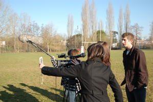 Tournage des clips de sécurité routière avec les élèves de la classe de seconde option cinéma du lycée du garros à Auch.