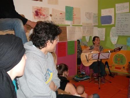 Voilà quelques photos représentant les différents ateliers qui se sont déroulés en 2010 (et pour la plupart, qui se poursuivront en 2011).