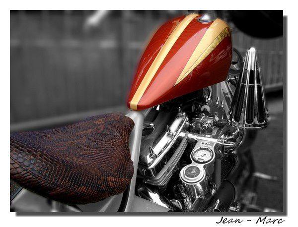 reportages et images travaillées sur logiciel de motos (essentiellement customs), voitures de collection, tuning