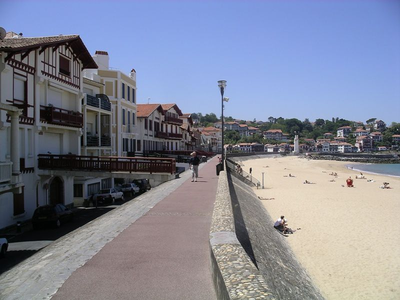 De Paris au Pays Basque...