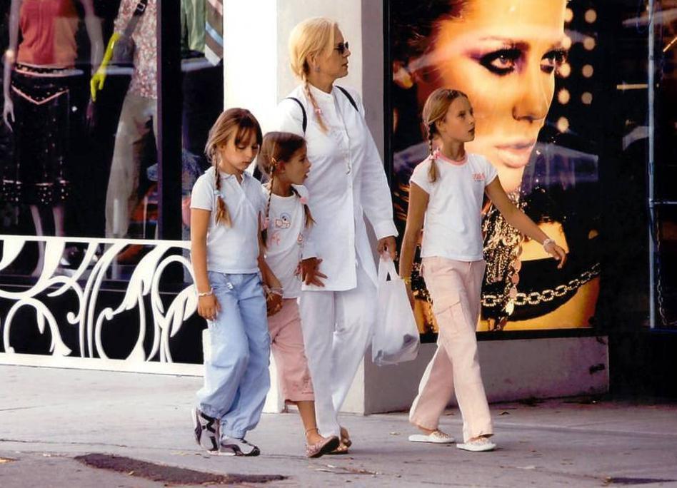 Album - Sylvie et sa famille