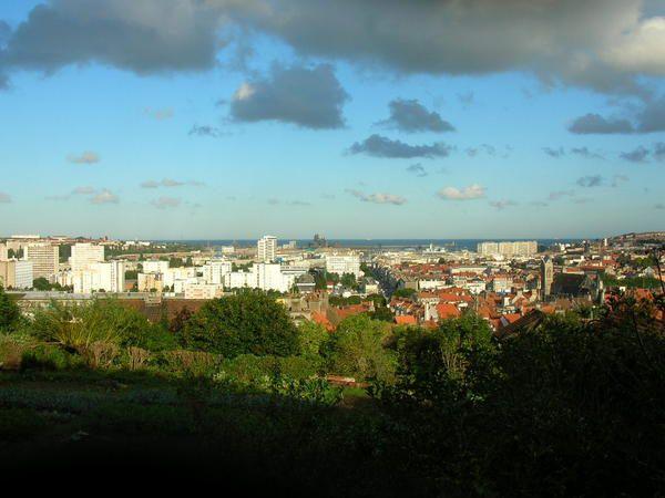 L'association organisent de nombreuses randonnées qui permettent une découverte ludiques des sites importants de la ville.