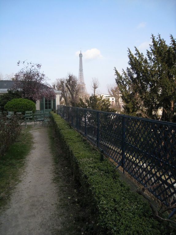 """La Maison de Balzac, au coeur de l'ancien village de Passy occupe les dépendances d'une """"folie"""" édifiée à la fin du XVIIIe siècle. Balzac y trouva refuge le 1er octobre 1840 et y resta 7 années (2ième partie)"""