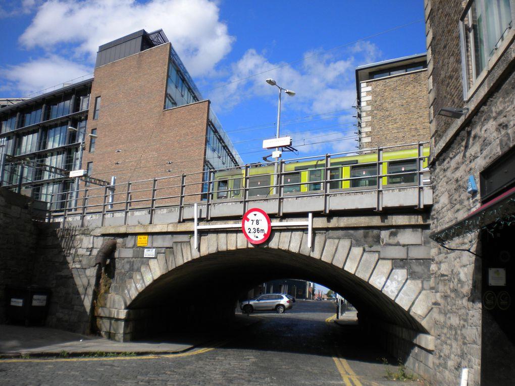 Dublin est une capitale haute en couleur, qui peut nous surprendre à chaque coins de rue.