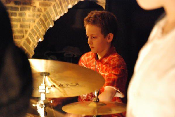 Tous les 3ème jeudis du mois, La cave du Moulin acceuille les Jam Sessions...Concert puis scène ouverte à tous musiciens...