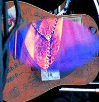SOAN en concert à LA PLAGE de Beaugency le 31 juillet 2010. La suite sur http://www.obiwi.fr/culture/musiques/87542-soan-le-conquistador-ironise-a-la-plage-de-beaugency
