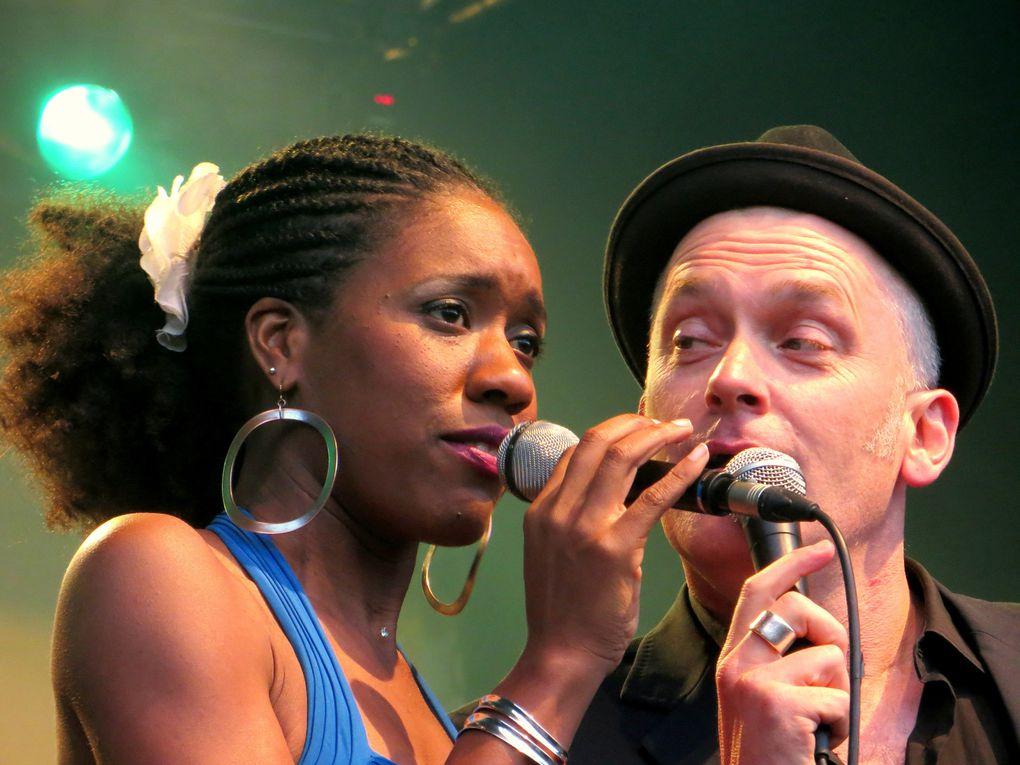 Festival Orléans'Jazz 2013 : Tricia Evy chante juste avant Kassav' devant 3200 personnes  avec Dan Barnett en invité surprise.