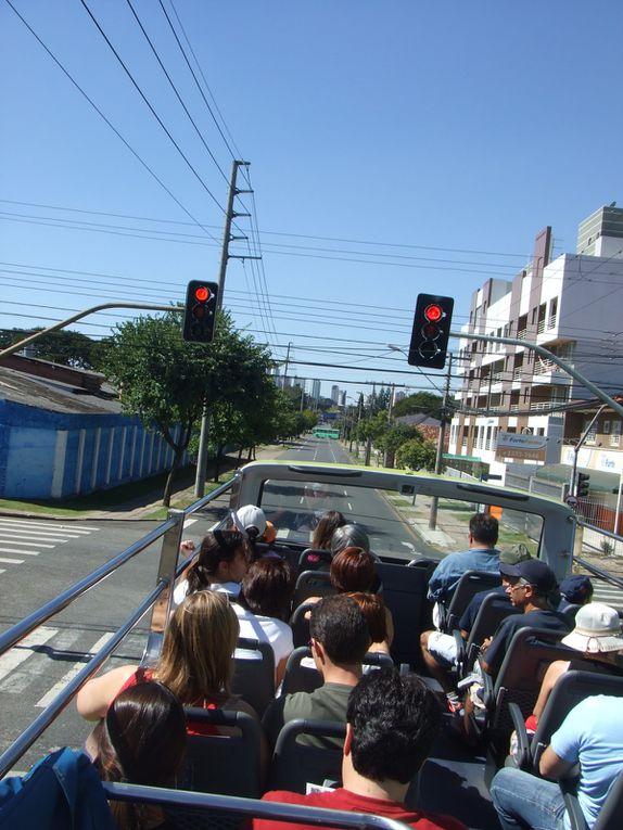 """Ville au sud de São Paulo. Considérée comme """"la ville des hommes"""", la ville regorge de parc... Une tranquillité surprenante pour le Brésil"""