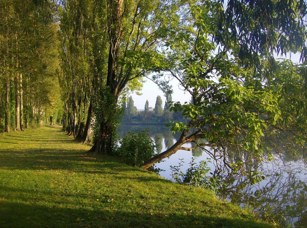 Quelques clichés pour apprécier notre village à la saison du réveil printanier.