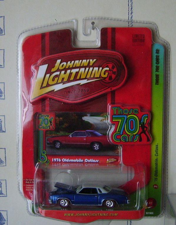Album - Johnny-Lightning-1