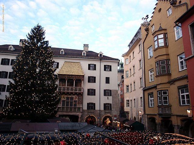 Visitez Innsbruck comme si vous s'y étiez. Lancez le diaporama et laissez vous emporter par la magie de la capitale du Tyrol !