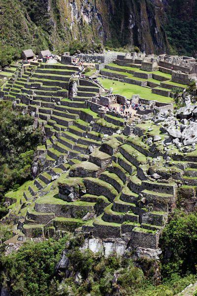 Von Arica (Chile) nach Tacna, Arequipa, Cusco, Aquas Calientes, Machu Picchu bis Puno am Titicacasee und Zurück über Tacna nach Arica (Chile). Eine schöne Reise durch ein Stück Peru.
