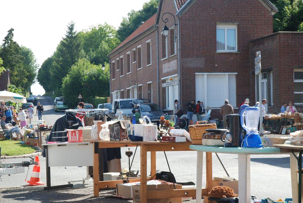 les 13 & 14 juillet 2009, et la fete au village avec la réderie, les majorettes, et bourvil !!!!