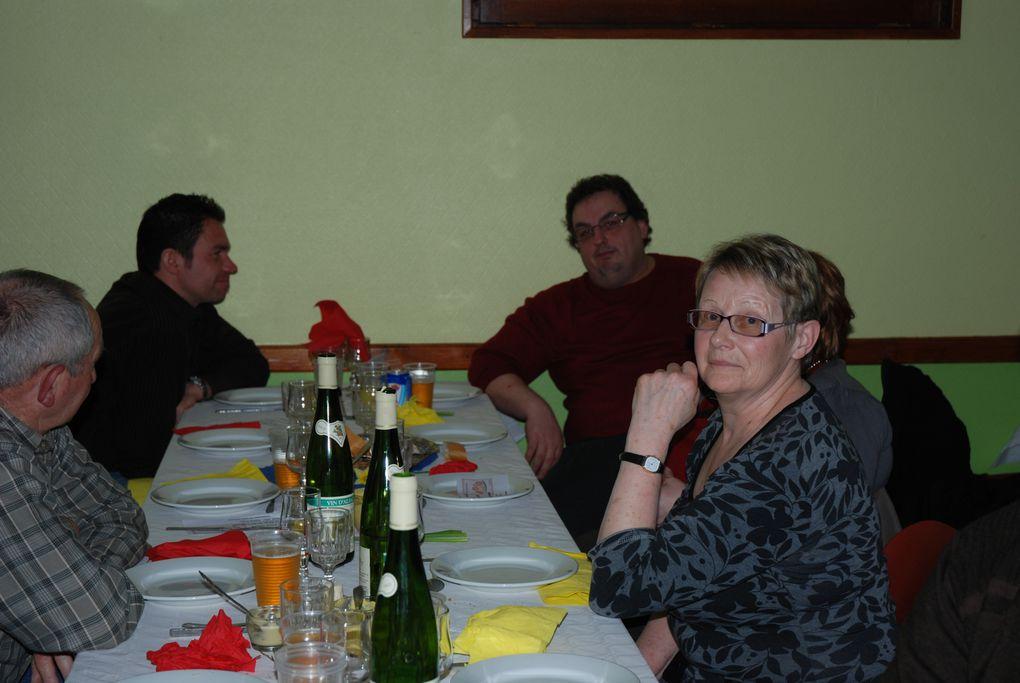 Repas du comité des fêtes - choucroute - du 3 avril 2010
