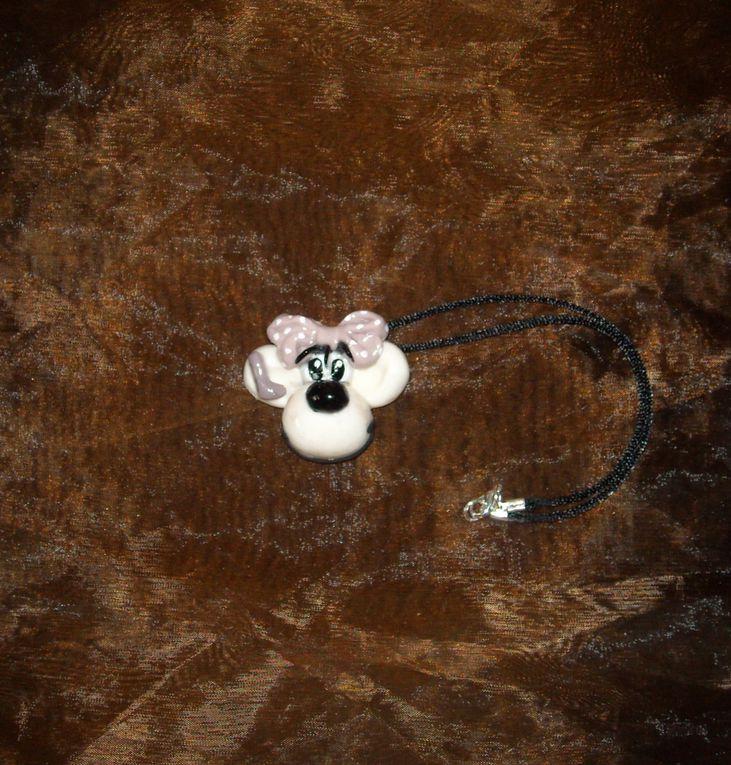 Album - collier, broche, boucle d'oreilles