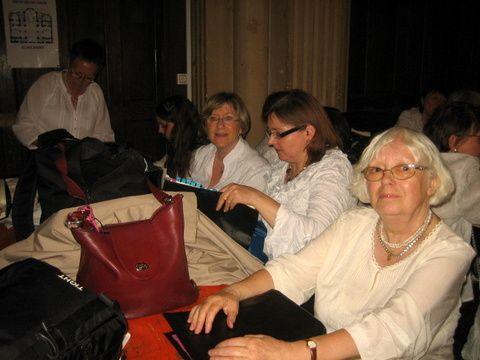 Les photos sont de Makoto, Inès, Lise, et Sylvie (du choeur 1)