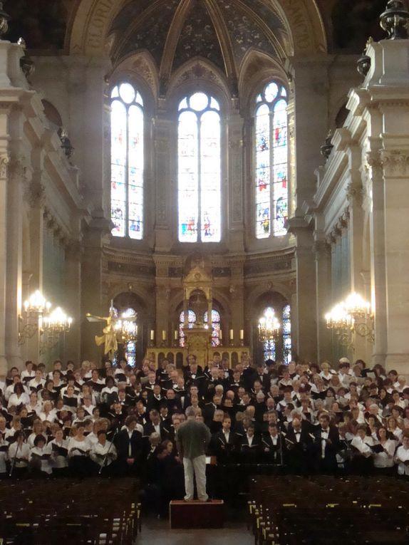 Concerts des 22 et 23 juin 2009 en l'église de la Trinité, vus par Aimé, baryton du choeur confirmé, Nicole, et Yvonne, altos du choeur débutant (en 2008-2009)