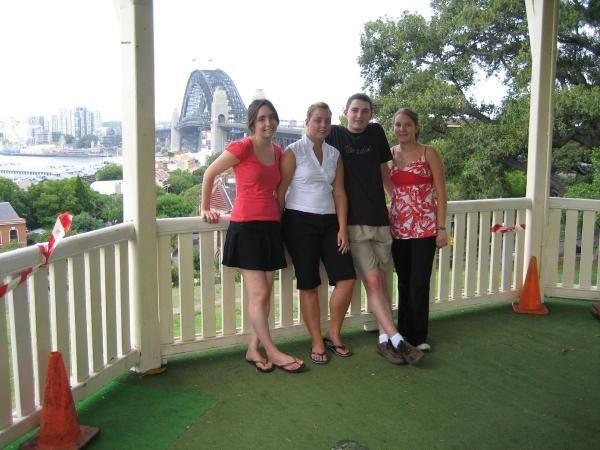 Album - 12) Sydney