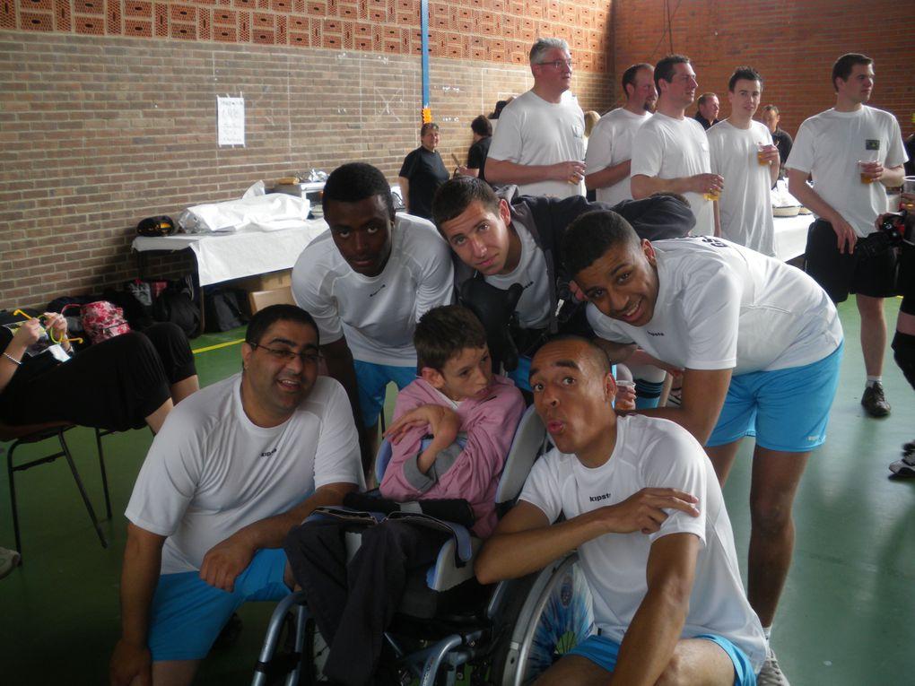 Tournoi organisé par l'Association Christopher de Ghyvelde le 10/05/2010. Les bénéfices de cette journée sont reversés à l'association. Avec des amis nous avons monté une équipe de foot en salle : les GS - BRO.