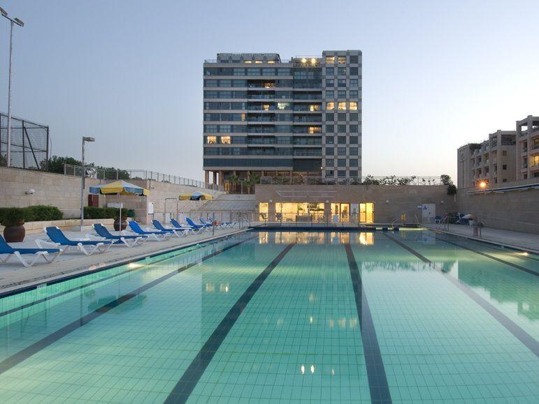 okeanos ba marina complex: lobby, out swimming pool, garden .. in Herzloiya pituach in Marina of herzliya in Israel