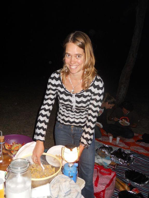 à mon retour d'Australie, super accueil de Nico avec repas d'anniversaire (trop bon!!) + l'anniv/BBQ de Delphine sur la plage pour son anniv le 30 août...