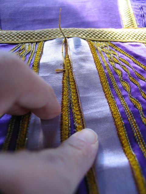 travaux de restaurations de vêtements et broderies anciennes