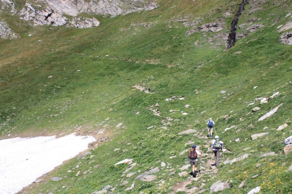 Escursione del 30.08.2009 da Cadagno alla capanna Cadlimo, poi passo dell'Uomo e Cadagno