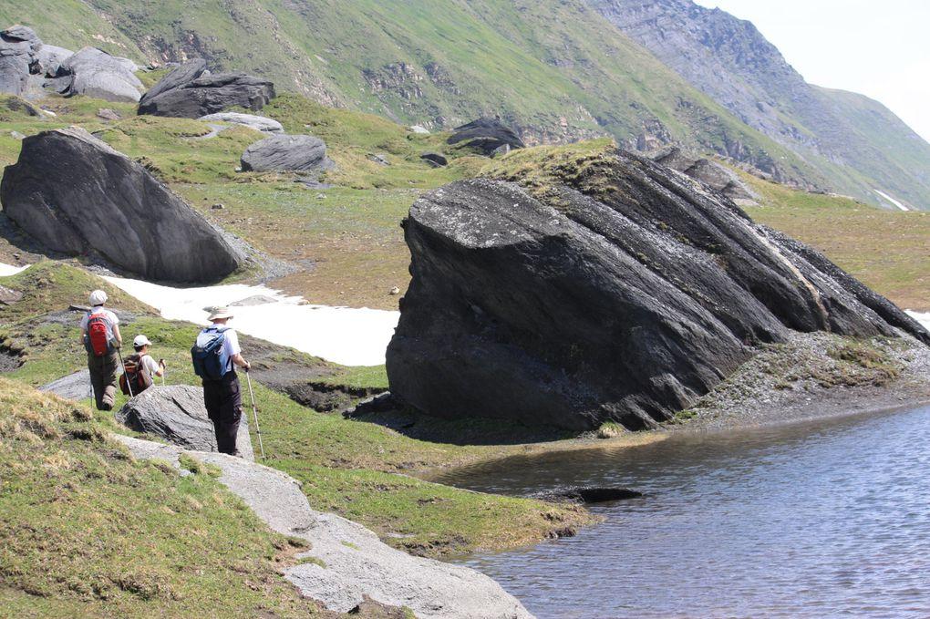 Album fotografico dell'escursione del 04.07.2010 da Acquacalda al passo di Gana Negra, alpe Bovarina, passo Cantonill, Anveuda, Dötra, Croce Portera e Acquacalda