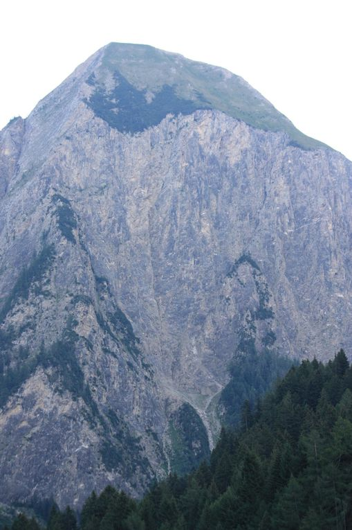 Foto dell'escursione sul Sentiero degli Stambecchi del 31.07.2010, dal Sasso Lanzone a Campo Blenio.