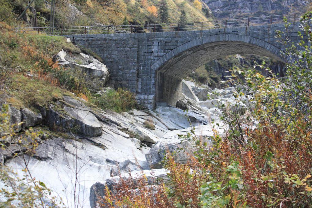 Album fotografico dell'escursione da Airolo a Göschenen del 10.10.2010. Prima parte, da Hospental a Göschenen.