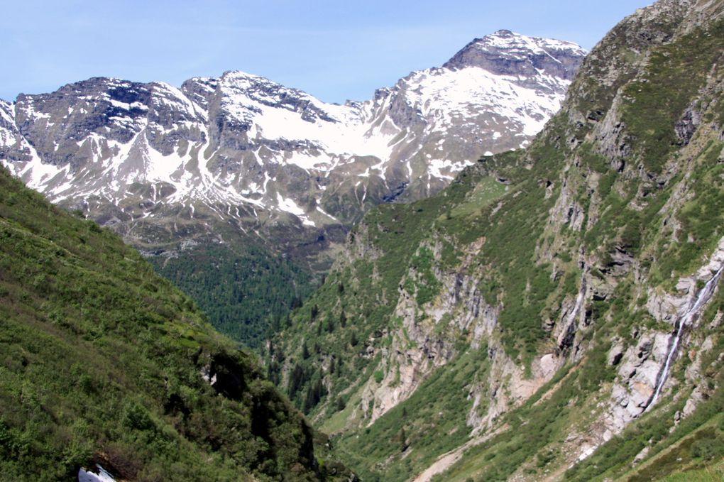 Album fotografico dell'escursione del 29.05.2011 da San Bernardino (Mesolcina) a Rossa (Calanca) via Pass di Passit.