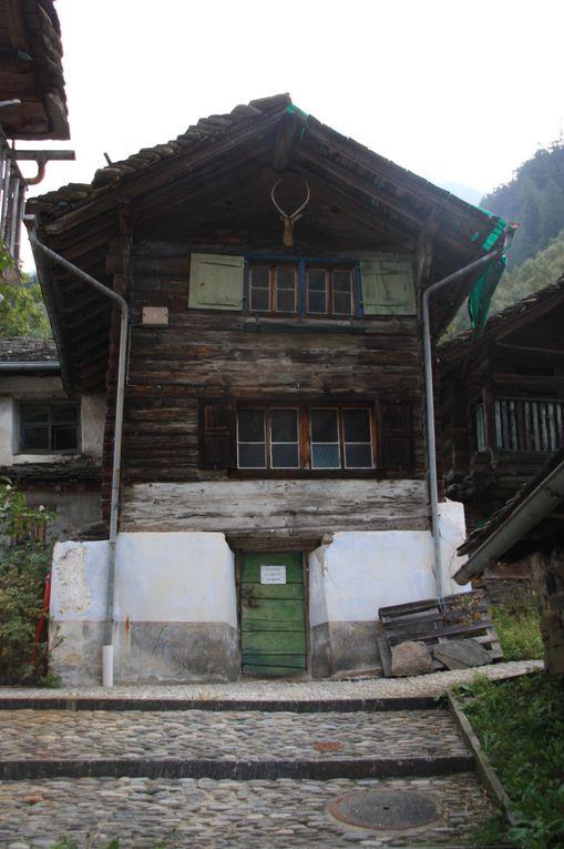 Album fotografico dell'escursione del 25.09.2011 da Rossa alla capanna Boffalora e lago Calvaresc.
