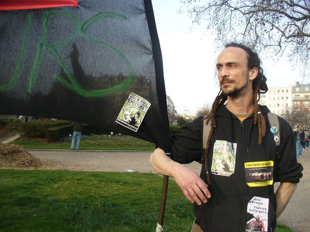 Maifestation depuis 2011, Dom, Egypte, retraites,  ect ....