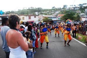ACLJ Marigot. Photos carnaval 2009 parade de groupes de rue 8 février