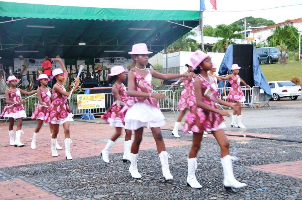 ACLJ/PHOTOS JGD Majorettes Etincelle Show Juil 2012(suite)