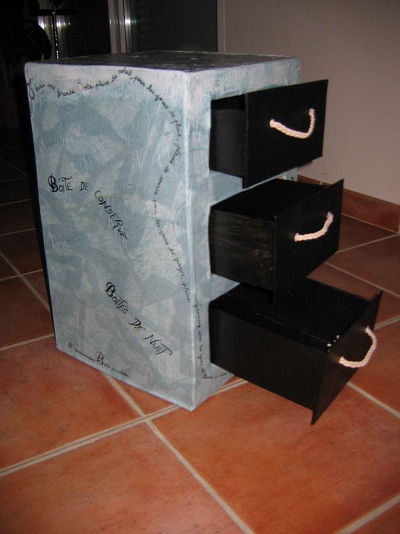 Etagère, table de nuit, bibliothèque ...Toutes mes réations en carton.Je transforme vos besoins de rangement en élèments décoratifs.