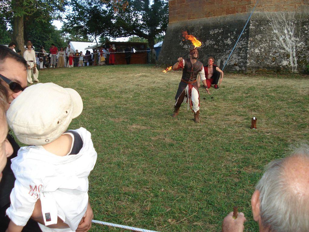 Toutes les photos de la préparation et de la Fête Médiévale de Trévoux 2010