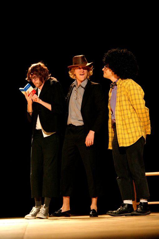 """En janvier 2005, deux compagnies seulement mais pas moins de 1000 spectateurs pour 4 représentations autour du thème""""Ces auteurs qu'on oublie pas !""""Boris VIAN et Boby LAPOINTE.- 2007 un spectacle  « Monty Python… Sacré régal »- 2009 lune"""